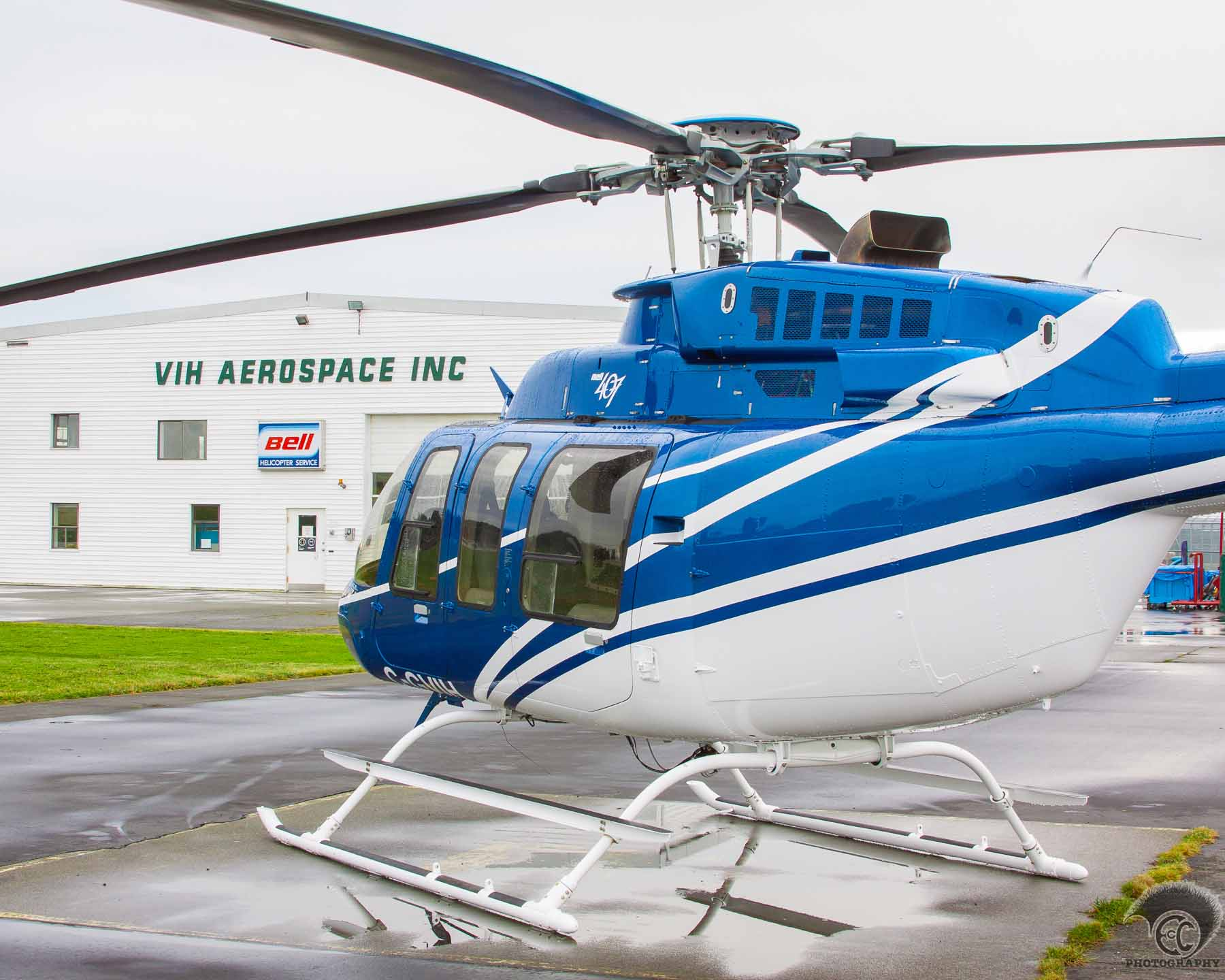Bell 407 at VIH Aerospace